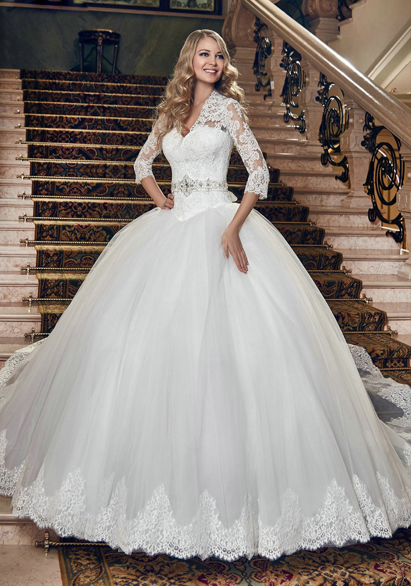 Amazing Women Clothing Princess Wedding Dress For Bride: Sparkle Wedding Dress Princess Style At Reisefeber.org