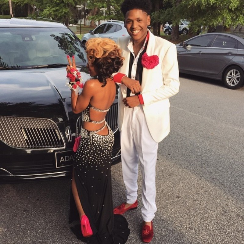 Beautiful prom dresses for black women