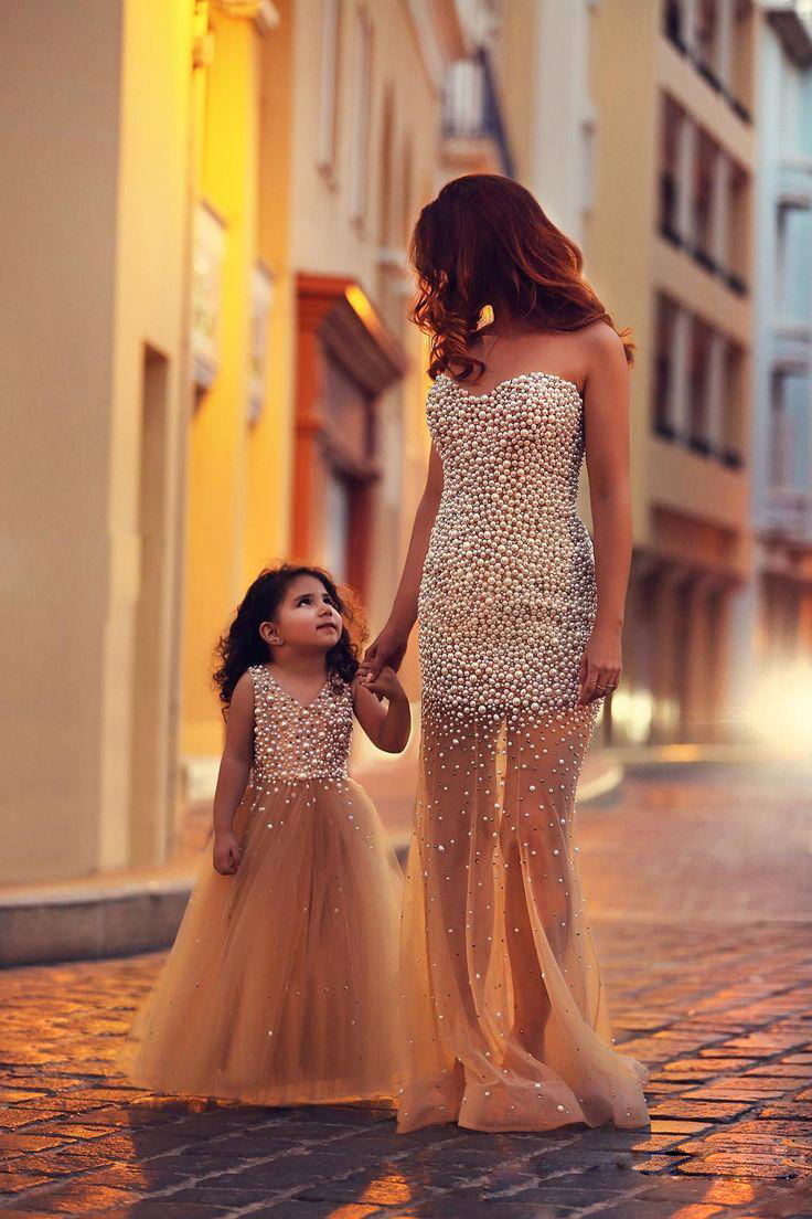 Popular flower girl dressesfull length flower girl gownsbeading popular flower girl dressesfull length flower girl gownsbeading girl pageant gownskids ball gowntutu dresses for wedding partypearls toddler gowns izmirmasajfo